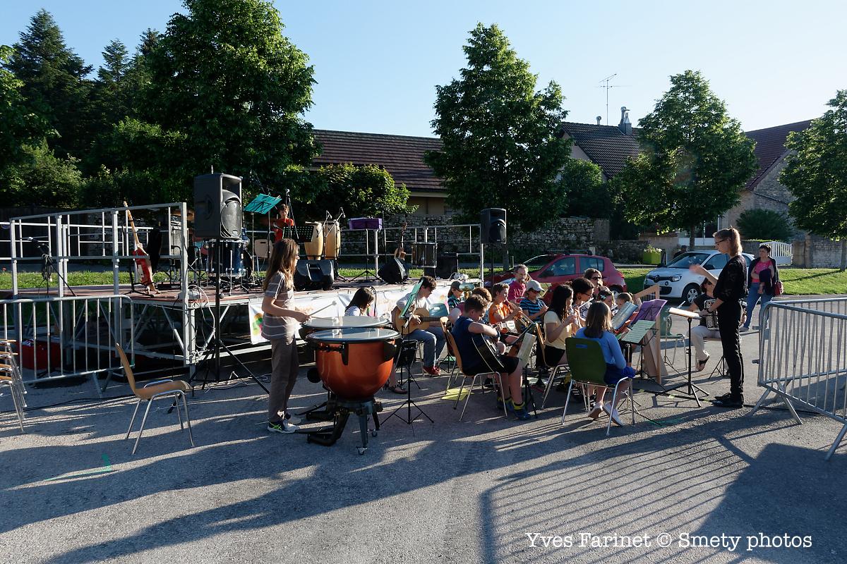 Fête de la musique 2019 à Clairvaux-les-Lacs: Orchestre des jeunes. Yves Farinet - Smety photos